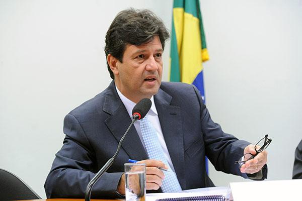 Ministro da Saúde, Luiz Henrique Mandetta pede aumento de despesas discricionárias