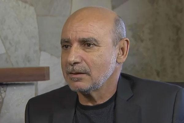 Fabrício Queiroz relatou que a família tem sofrido com boatos sobre suposta fuga ou perseguição