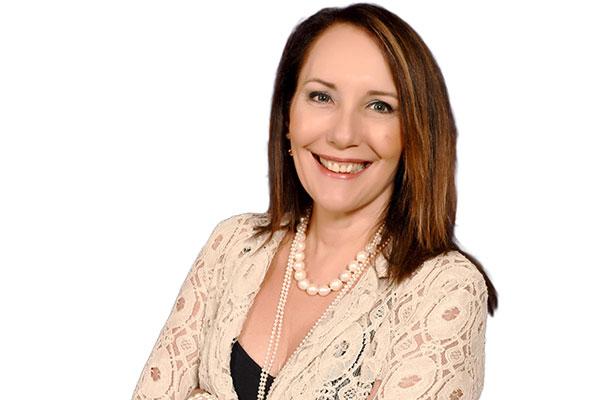 Martha Gabriel tem seis livros, entre eles, Marketing na Era Digital