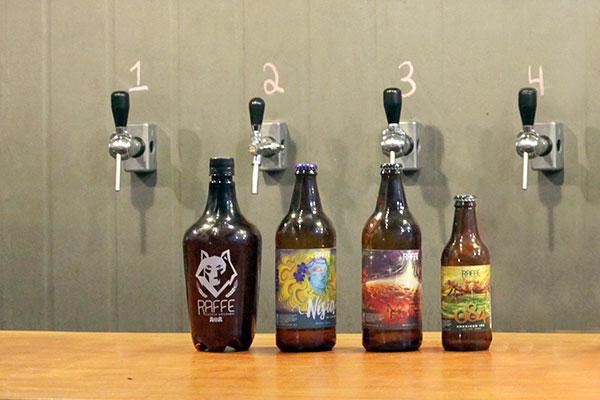 Cervejas mais famosas da Raffe para celebrar o aniversário da casa