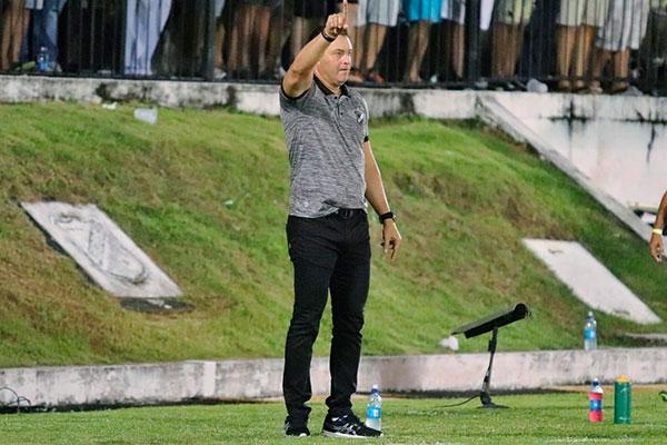 Roberto Fernandes preferiu não antecipar nada em relação ao futuro encontro, mas não descartou a possibilidade de renovação