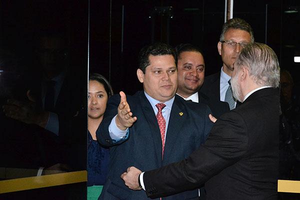 Davi Alcolumbre recepciona Augusto Aras no Senado