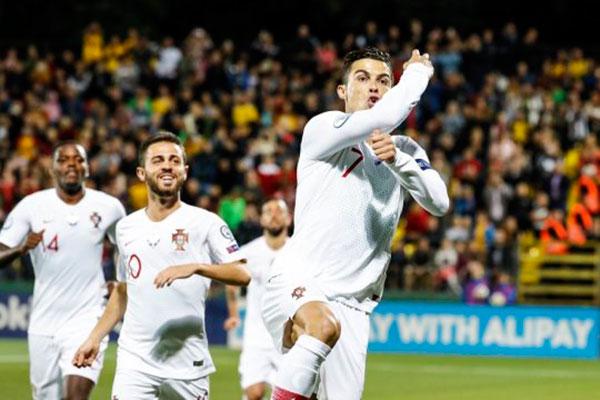 Cristiano Ronaldo já soma 93 gols pela seleção, 46 a mais que Pauleta, segundo lugar do 'ranking'