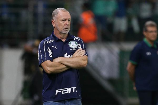 Mano tenta ser cauteloso após segunda vitória no comando do Palmeiras
