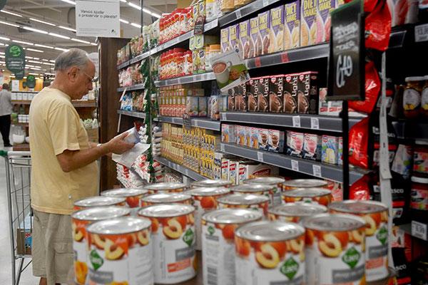 Elevação de 1,0% nas vendas do comércio em julho foi o melhor resultado para o mês desde 2013
