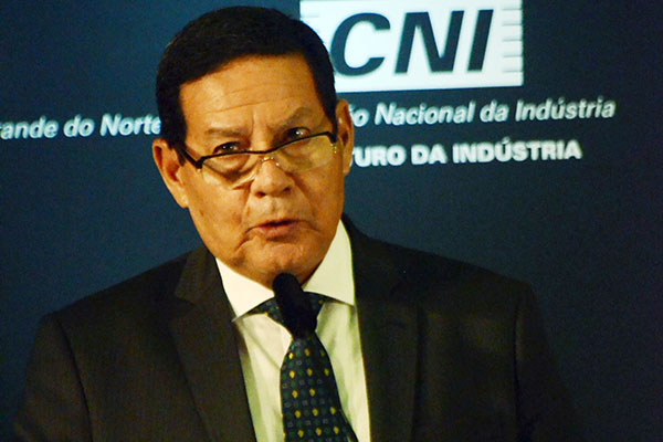 Hamilton Mourão, presidente da república em exercício