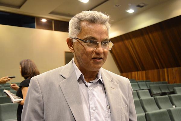Secretário de Recursos Hídricos, João Maria Cavalcanti, afirma que valor liberado não é suficiente
