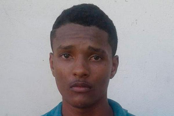 Eudes Leonardo da Silva, o Neguinho, de 19 anos, fugiu da Polícia Civil