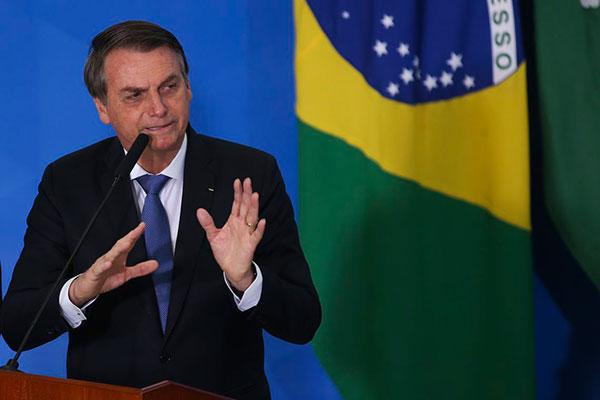 Bernd Lange, eurodeputado, fez publicações no Twitter contra o presidente brasileiro Bolsonaro