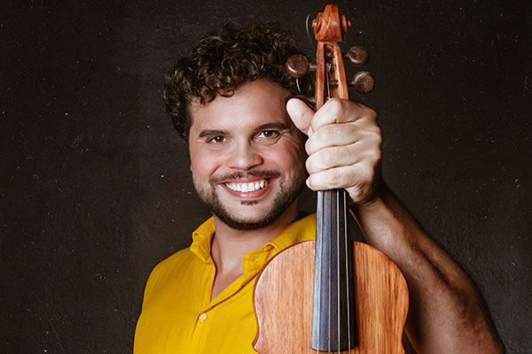 Padilha incorpora em sua música as incursões etnográficas de Mário de Andrade pelo sertão do século passado