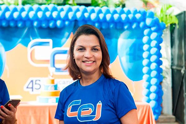 Ana Flávia Azevedo, diretora do Cei Romualdo Galvão