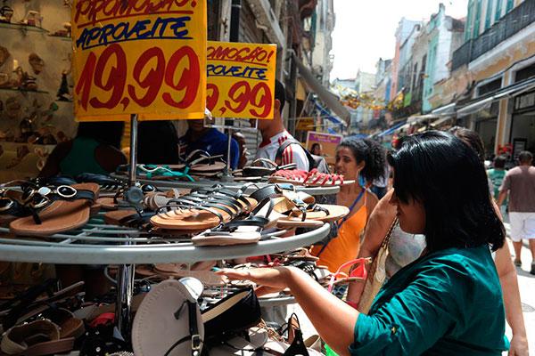 Além das vendas em casa, muitos microempreendedores no Rio Grande do Norte montam os negócios nas ruas de bairros diversos