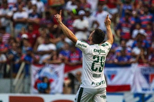 William marcou o gol da vitória do Palmeiras