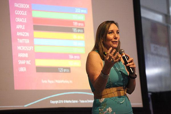 Martha Gabriel é uma das palestrantes do evento