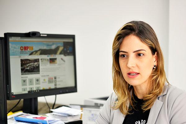 Promotora Mariana Rebello vê apadrinhamento como positivo para garantir direitos dos jovens