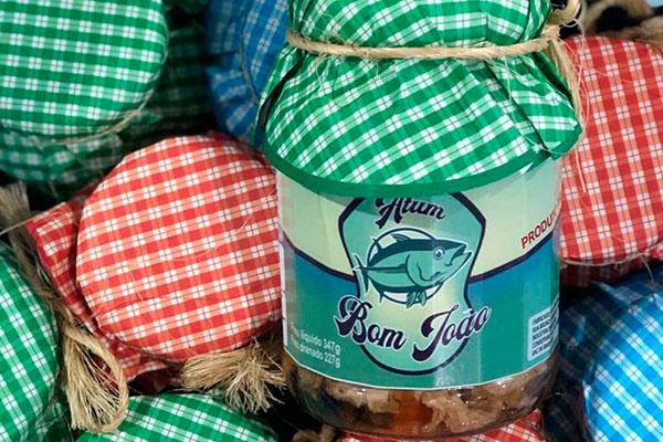 Atum Bom João traz o pescado nas ervas e pimentas