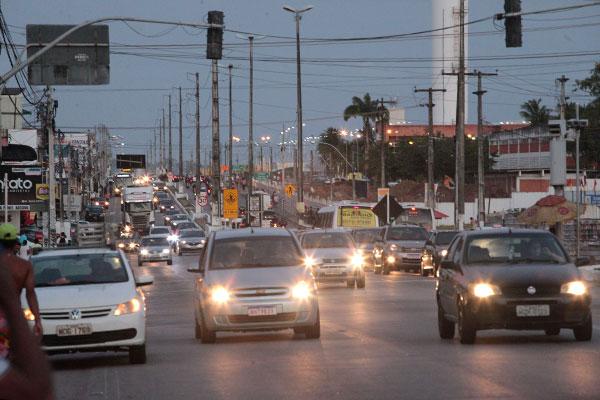 Avenida Tomaz Landim, que divide Natal e São Gonçalo do Amarante, exige plano urbano integrado