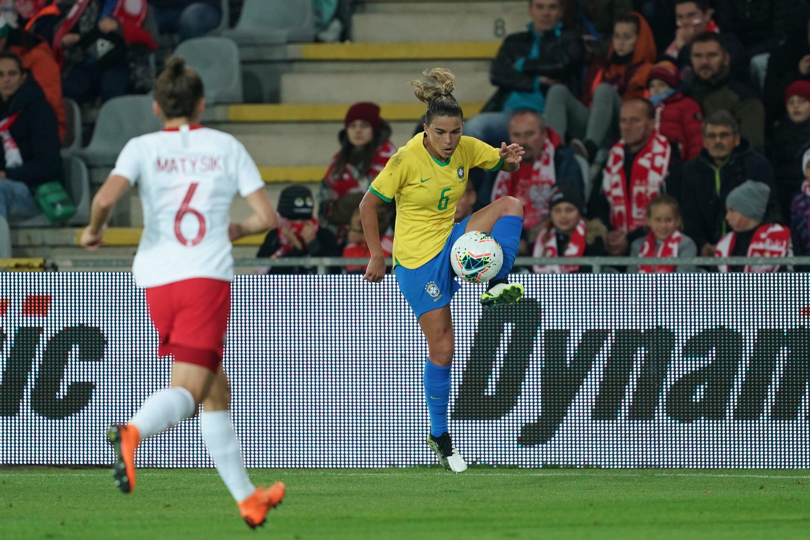 Brasil jogou bem e bateu a Polônia por 3x1