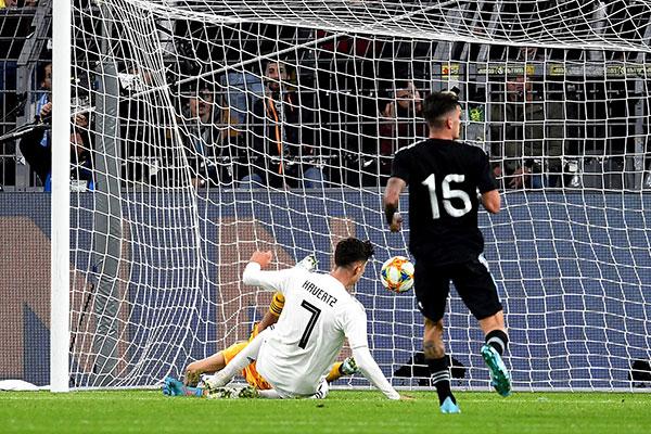 Alemanha conseguiu abrir 2 a 0 no marcador e sofreu o empate