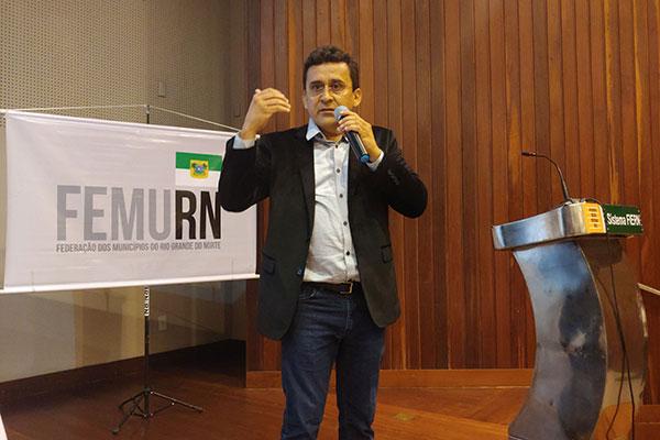 José Cassimiro lembra que haverá, em dezembro, 1% de transferência extra do Fundo de Participação