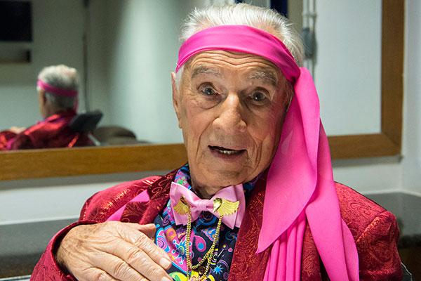 O eterno Seu Peru completa 100 anos nesta sexta-feira e recebe homenagem do programa no domingo