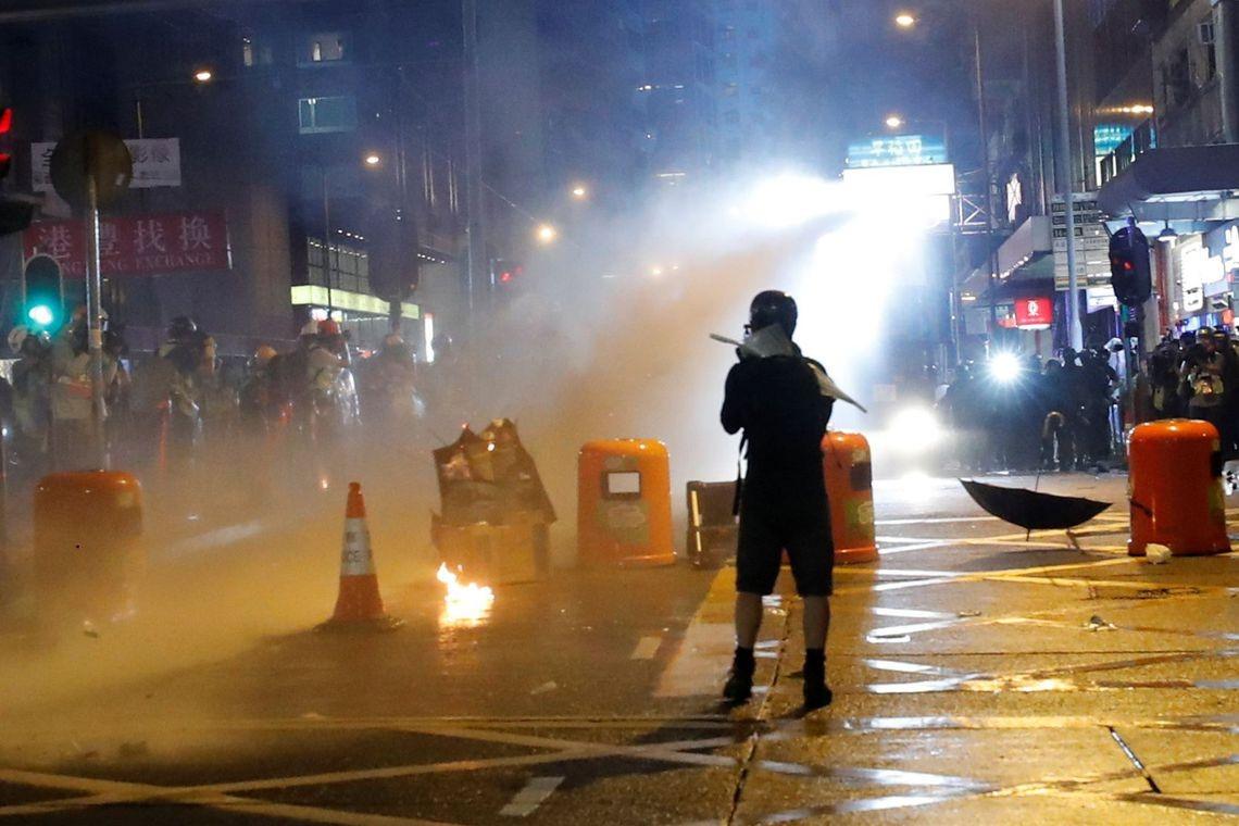 Resultado de imagem para Protesto deste sábado foi o maior dos últimos meses em Hong Kong