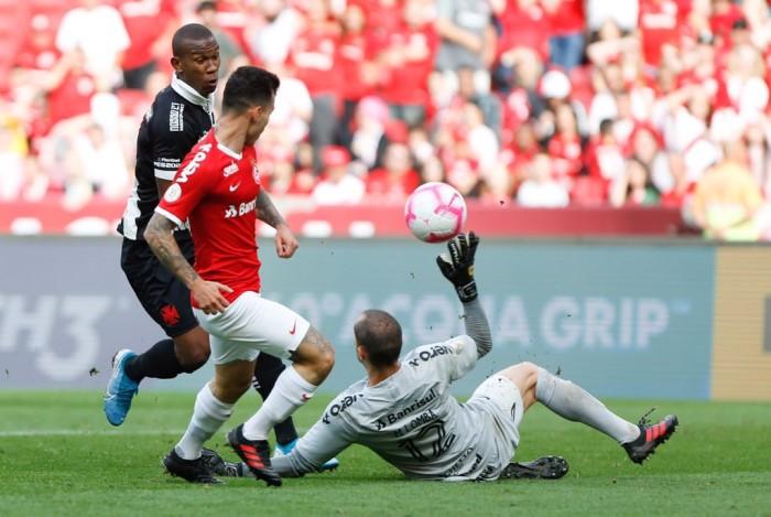 No Beira-Rio, Inter e Vasco fizeram partida disputada