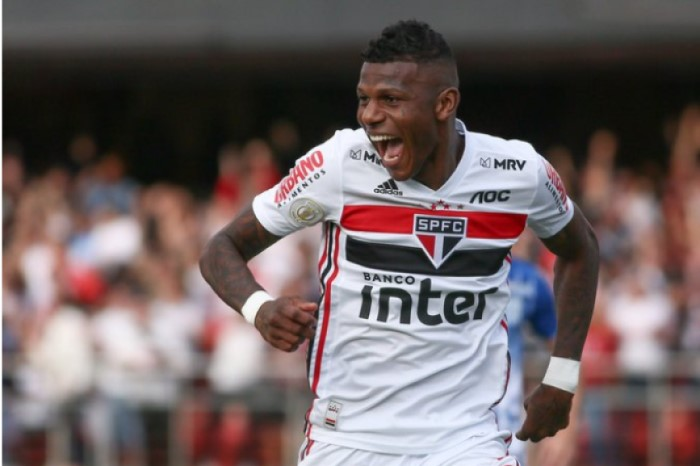 Arboleda marcou para o São Paulo no Morumbi
