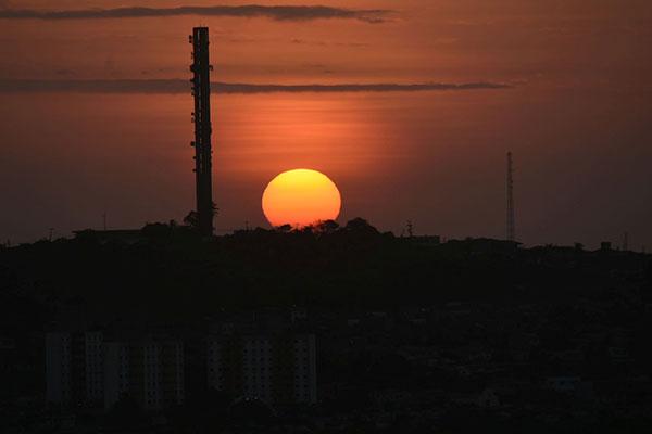 Com 300 dias de sol por ano Estado amplia geração nessa matriz