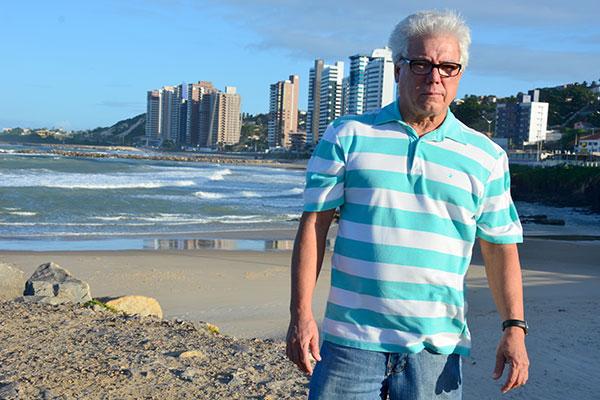Eugênio Cunha, um dos fundadores da Bandagália, lembra que a insegurança marcou o fim do bloco, em 89: Tinha umas 10 mil pessoas na rua. O Chicão viu um cara tentando roubar a corrente de alguém. Ele foi intervir. O cara deu dois tiros nele