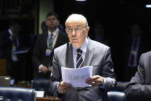 José Serra quer vinculação para crescimento do teto de gasto