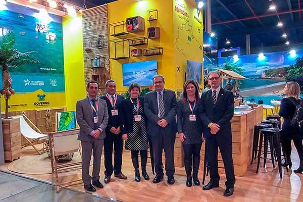Comitiva formada pelo prefeito de Natal, Álvaro Dias, e presidente da Fecomércio/RN, Marcelo Queiroz, comandaram negociações