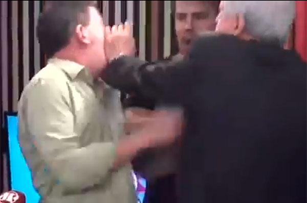 Jornalistas trocaram agressões em programa de rádio