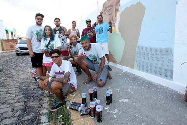 Coletivo mobilizou jovens artistas urbanos de várias cidades e contou com colaboração de entidades e de ações próprias