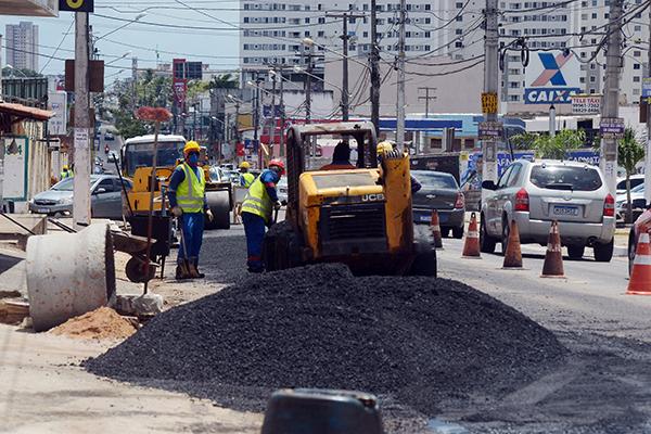 CAERN interditará por vinte dias, duas faixas da Avenida Maria Lacerda em Nova Parnamirim, no sentido BR 101 para saneamento