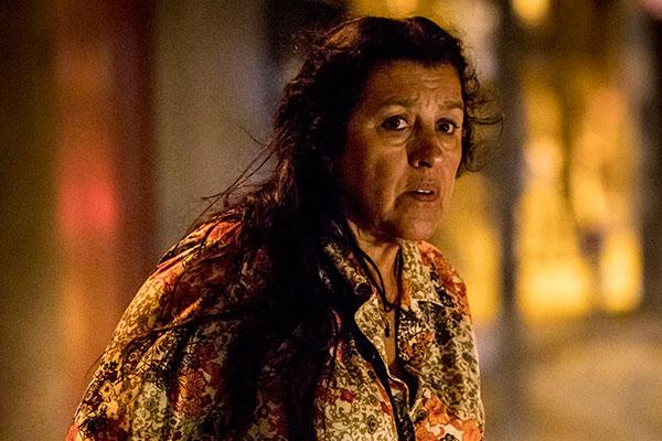 Regina Casé dará vida a Lurdes, a mãe coragem quejamais desistirá de encontrar o filho