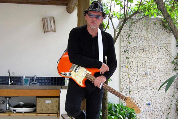 Cid Campos compôs a trilha de Rito do amor... e fará show