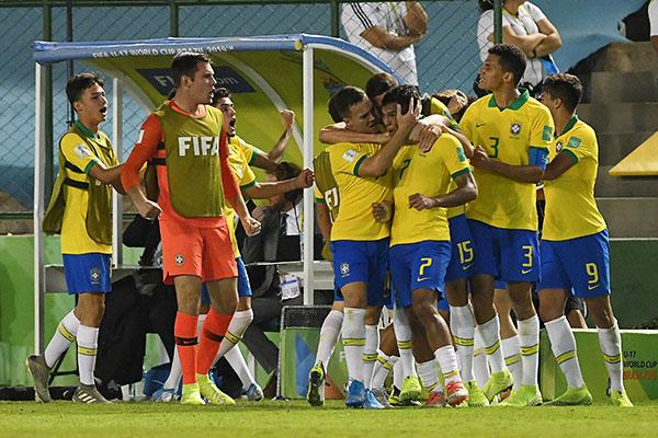 Gabriel Veron (7) fez o gol de empate na importante vitória brasileira, que segue invicta na disputa