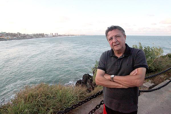 Iveraldo Guimarães • Biólogo e escritor
