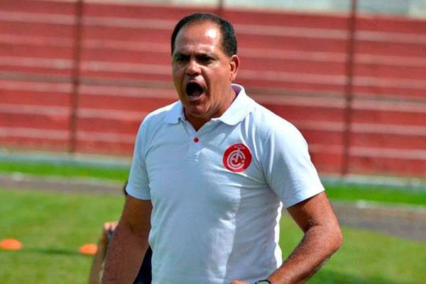 Waguinho Dias está preocupado com a estreia do América no Estadual, contra o campeão Força e Luz