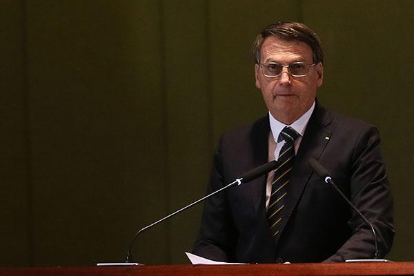 Presidente Jair Bolsonaro declarou que a proposta de reforma administrativa está no forno