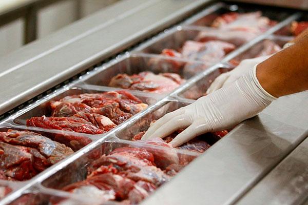 Tendência é que preço da carne caia a partir de janeiro