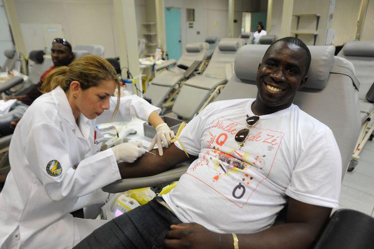 Flávio Rocha é doador frequente de sangue