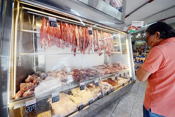 Ministério da Agricultura disse que custo da carne bovina encareceu em 9 por cento no início de dezembro