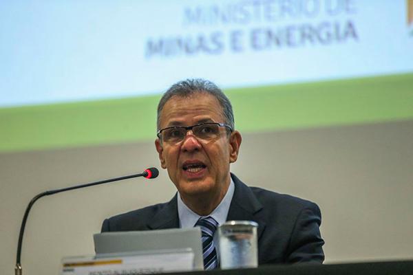 Ministro de Minas e Energia, Bento Albuquerque, participa na próxima quarta-feira (18) do seminário Motores do Desenvolvimento