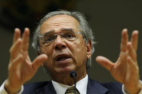 Guedes criticou política plurianual de reajuste do salário mínimo adotada por outros governos