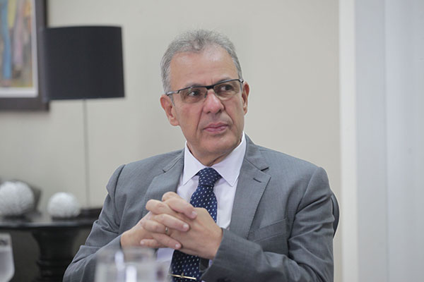 Bento Albuquerque é ministro de Estado de Minas e Energia