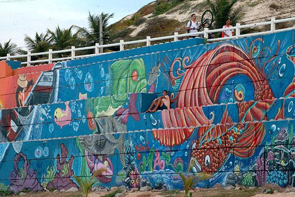 Os grafites mostraram que muros podem transformar um lugar