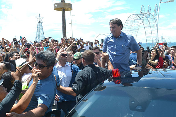 Bolsonaro preferiu voltar para Brasília antes do previsto