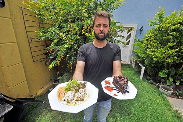 Um dos sócios da casa, Pedro Baggi explica que a comida é saborosa e serve todos os paladares